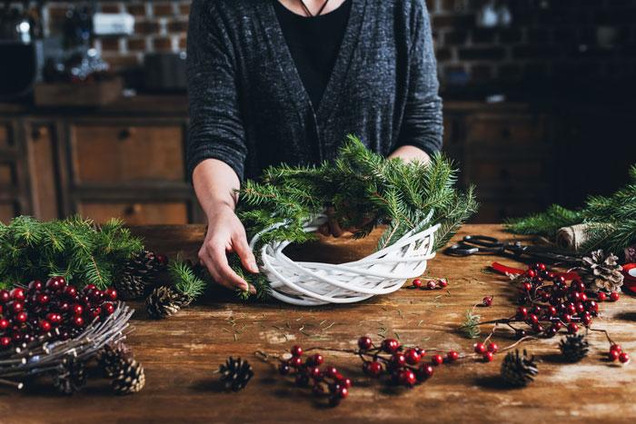 výroba vánočního věnce
