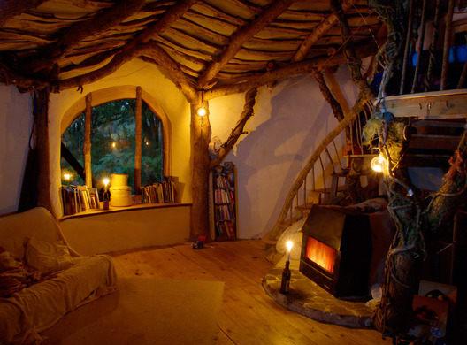 hobit house interiér