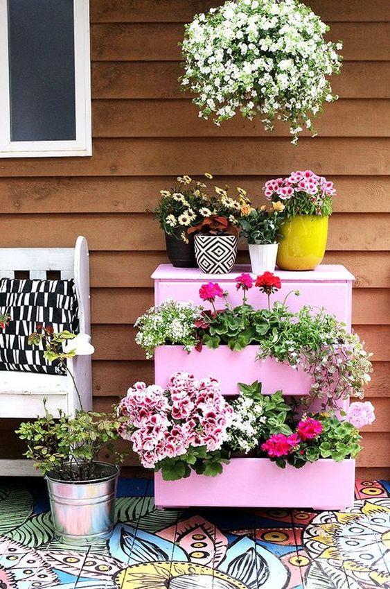 šuplíky pro květiny